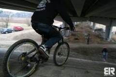 Pump Track pod mostem - 1.