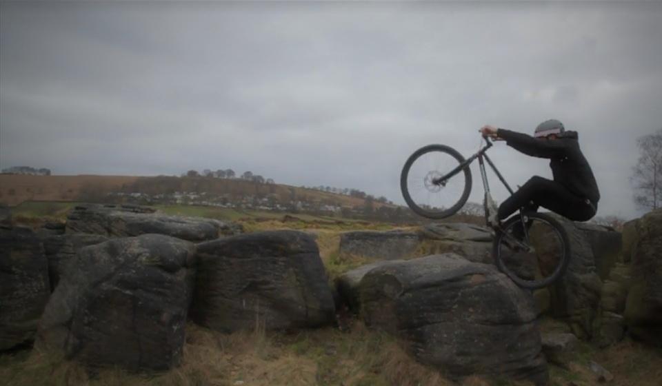 Akrigg Rides Again