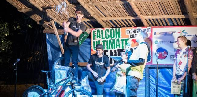 Falcon-Ultimate-Enduro-2014-JF-EnduroteamCZ-start